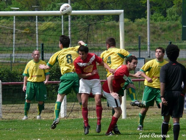 20130428 seniorsB-CoqsRouges 23